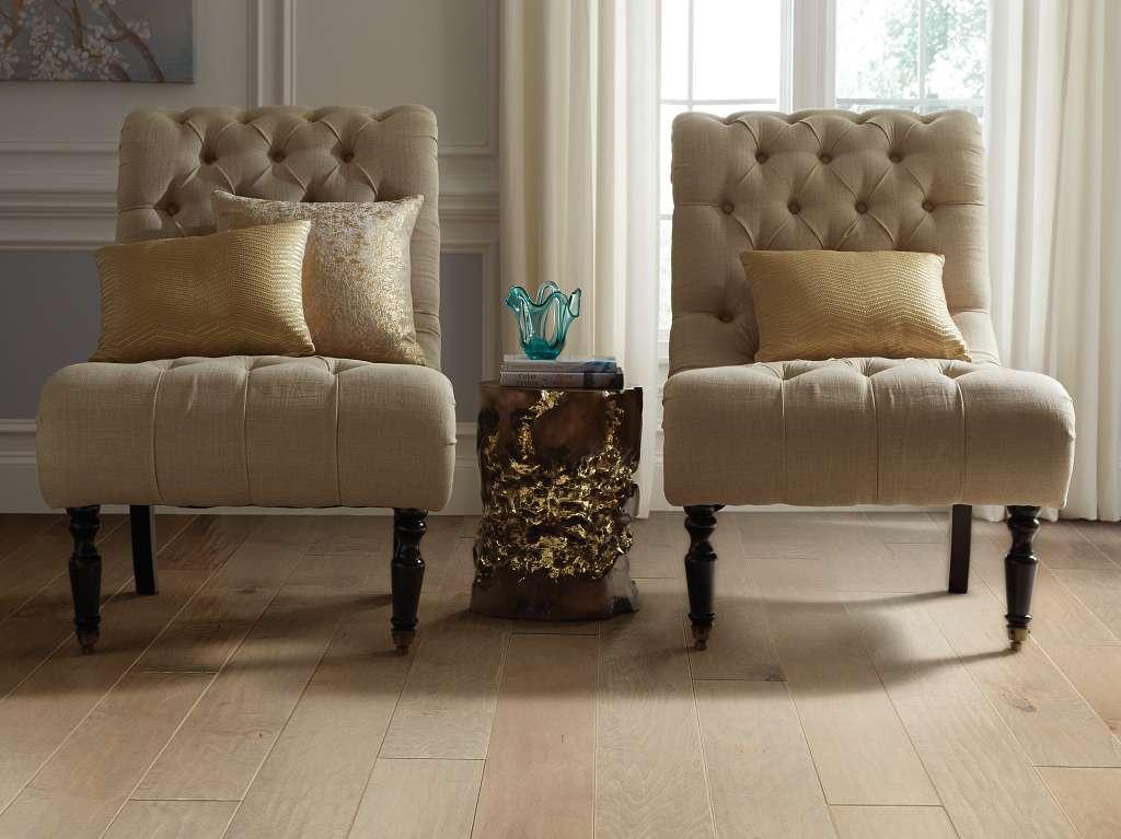 Tb Terrace Maple Hardwood - Gold Dust Room Scene Image